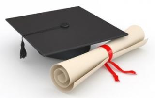 For-the-Graduate-Graduation-Party-Ideas-380x285