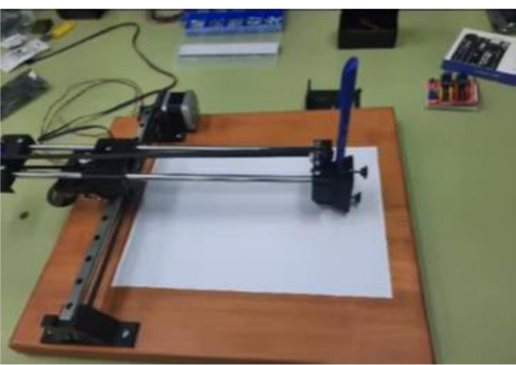 Máquina 2D controlada mediante Arduino.